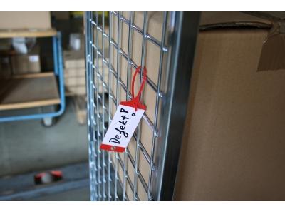 Set-Angebot Warenanhänger inklusive Aufbewahrungsbox gratis